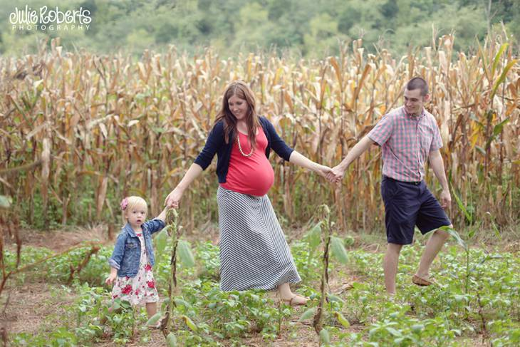 The McAffry Family :: Expecting! :: Knoxville, TN, Julie Roberts Photography