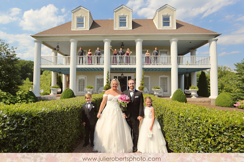 Alexandria Clay & Nick Compton :: Tennessee Wedding at Castleton Farms, Julie Roberts Photography